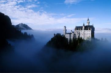castillo-bruma.jpg