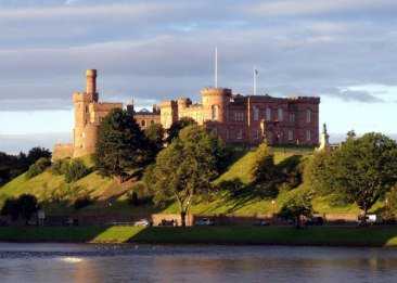 Castillo_Inverness
